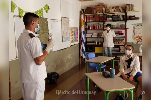 Uruguayan Army providing information to school children on prevention of COVID-19 and their border control activities